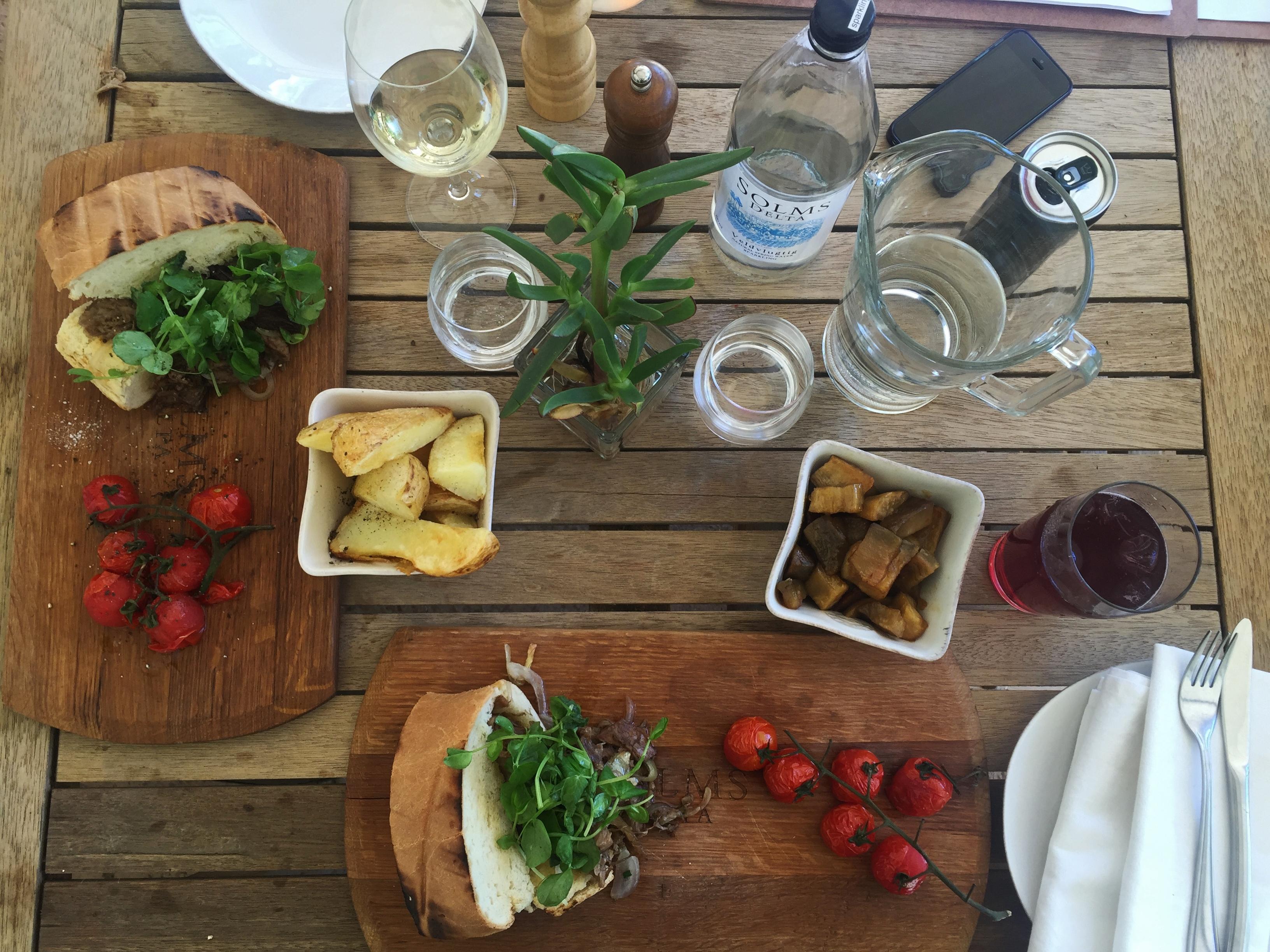lunch Fyndraai restaurant Solms-Delta